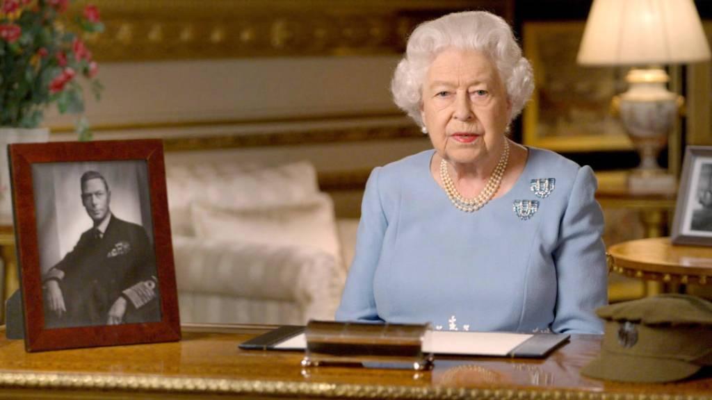 Peinlich: Radiosender veröffentlicht Nachruf der Queen