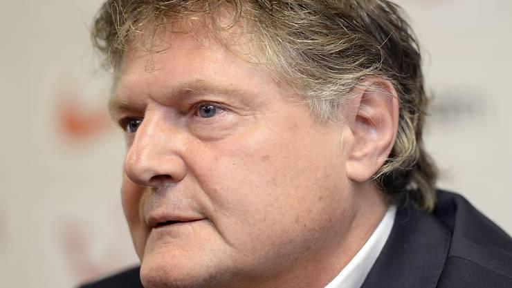 Präsident Ancillo Canepa verkündet ein Defizit für das Jahr 2016