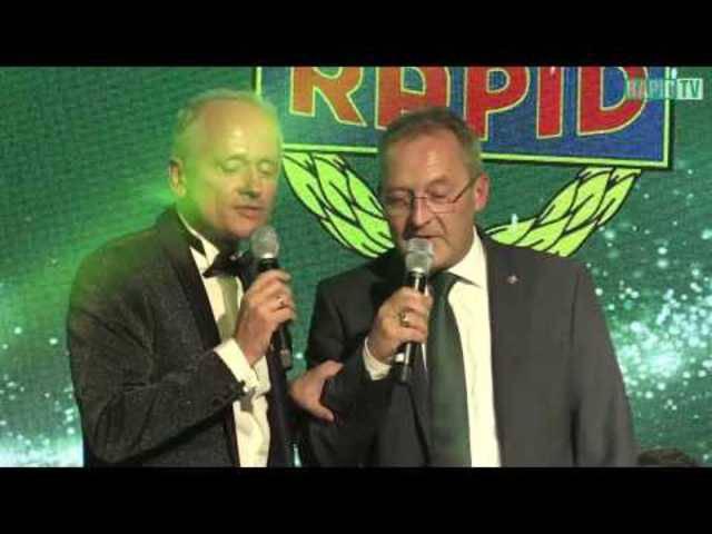 Musikalischer Einstand von Fredy Bickel an der Mitgliederweihnachtsfeier von Rapid Wien
