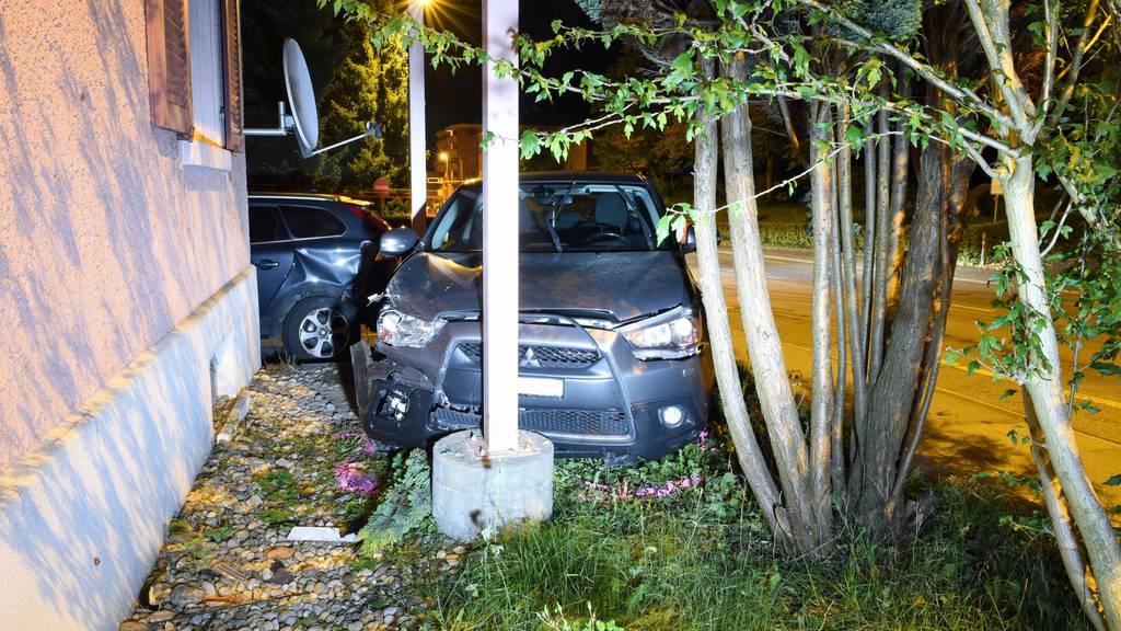 Autofahrer verunfallt vor Augen der Polizei