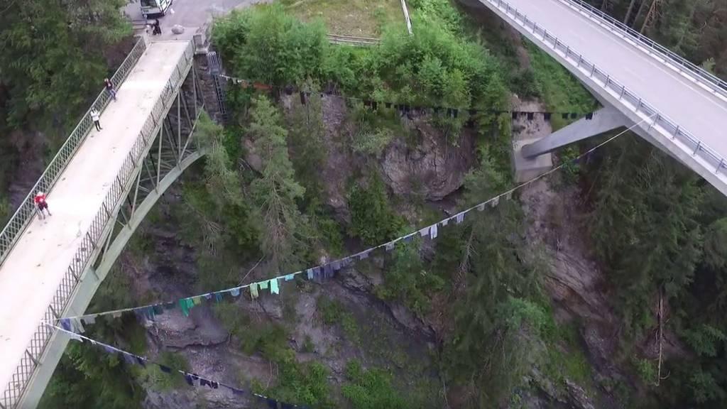 Die längste Wäscheleine der Schweiz.