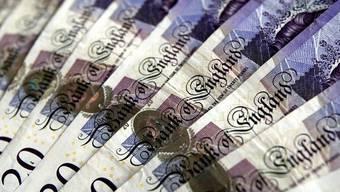 Britische Pfundnoten (Archiv)