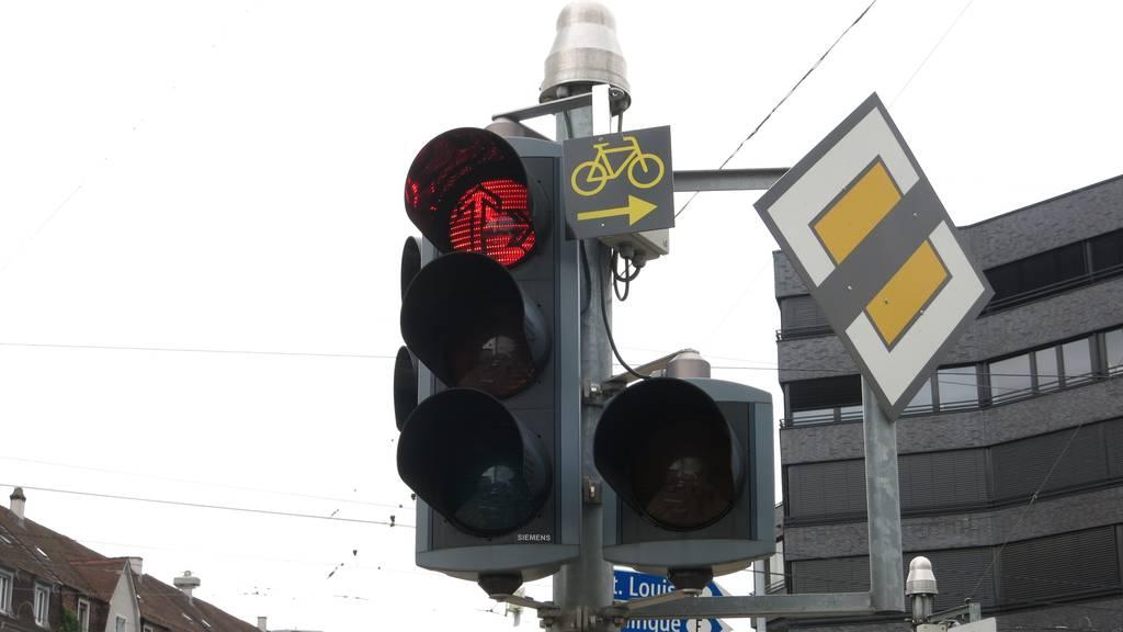 Rechtsabbiegen bei Rot_Basel
