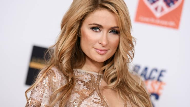 Die gute Schweizer Luft holt sogar Paris Hilton auf den Boden (Archiv)