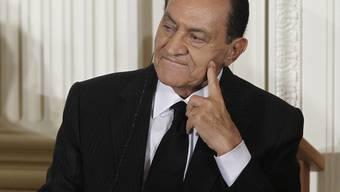 Ägyptens Ex-Präsident Mubarak wird erstmals angeklagt (Archiv)