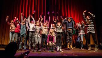 Junge Künstler bei der Aufführung desletzten «Lampefieber»-Projekts.Az Archiv
