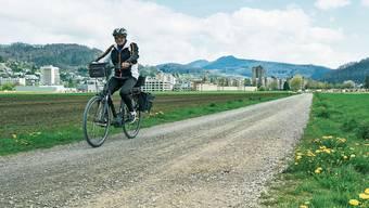 Dieser Feldweg im Siggenthal soll Teil des kantonalen Velohighways werden.