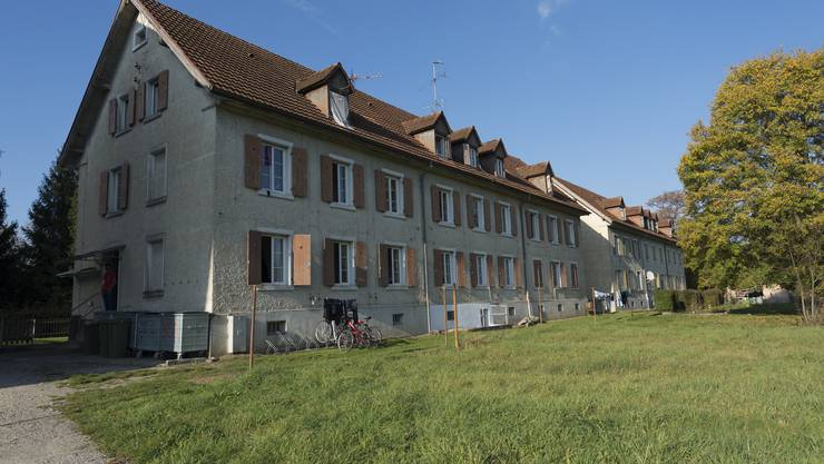 Die Asylunterkünfte am Rossweg in Rekingen - bis Oktober 2014 wohnen hier bis zu 90 Asylbewerber.