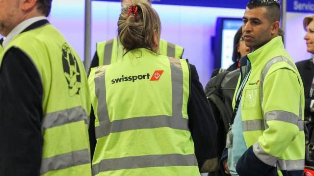 Wieder an der Arbeit: Swissport-Angestellte am Flughafen Brüssel