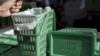 In der Schweiz sind im vergangenen Jahr 92,4 Kilogramm biogene Abfälle pro Einwohner gesammelt worden. Gemäss einer Studie im Auftrag des Bundesamtes für Umwelt könnten es aber durchaus auch mehr sein. (Archivbild)