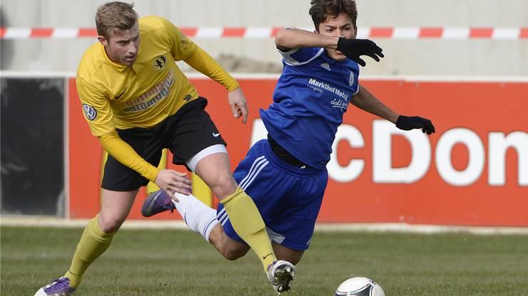 Grenchens Sacha Stauffer (r.) sorgte mit einem wiederholten Foulelfmeter für das 2:0.