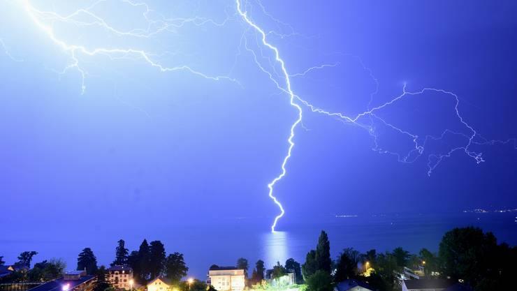 Für den Dienstagabend werden zum Teil heftige Gewitter erwartet.