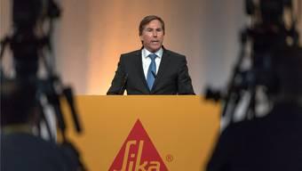 Jan Jenisch spricht an der Aktionärsversammlung der Sika – nun wird er CEO bei LafargeHolcim. GEORGIOS KEFALAS/key