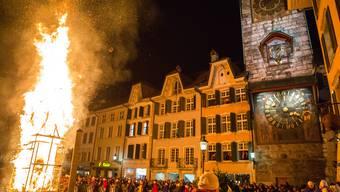 Ein Bild vom diesjährigen Bööggverbrennen. Der erste Böögg wurde 1900 verbrannt.
