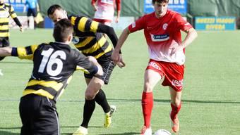 Der defensive Mittelfeldspieler Nikola Tasic des FC Dietikons stand gestern unfreiwillig im Mittelpunkt.