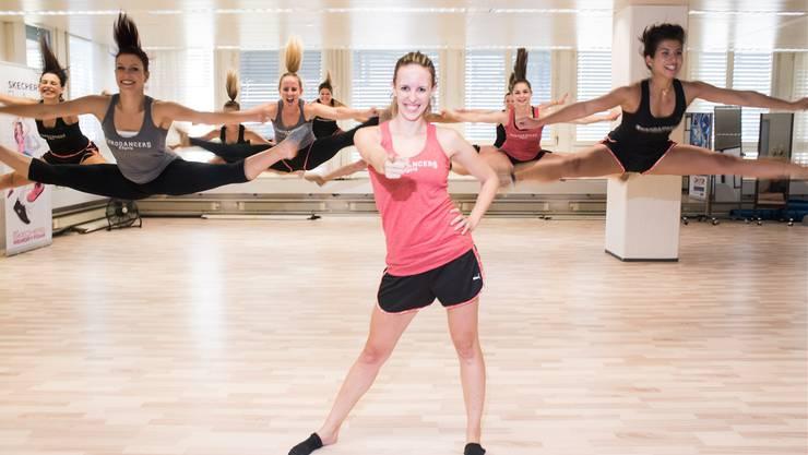 Die Eurodancers um Nathalie Rutz (Mitte) wollen mit weiteren sportlichen Erfolgen die gesellschaftliche Akzeptanz von Cheerleading verbessern. Jiri Reiner