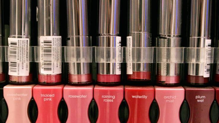 Der Nationalrat hat sich gegen ein Verbot von kleinsten Kunststoffpartikel in Kosmetikprodukten ausgesprochen. (Symbolbild)