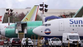 Boeing-Flugzeuge des Typs 737 Max bleiben vorerst am Boden. (Archivbild)