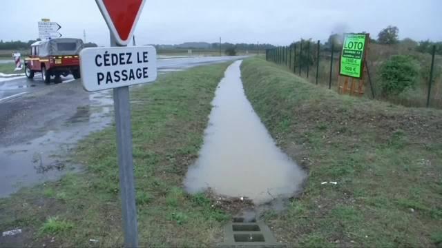 AP: Mindestens sechs Tote bei Unwetter in Südfrankreich