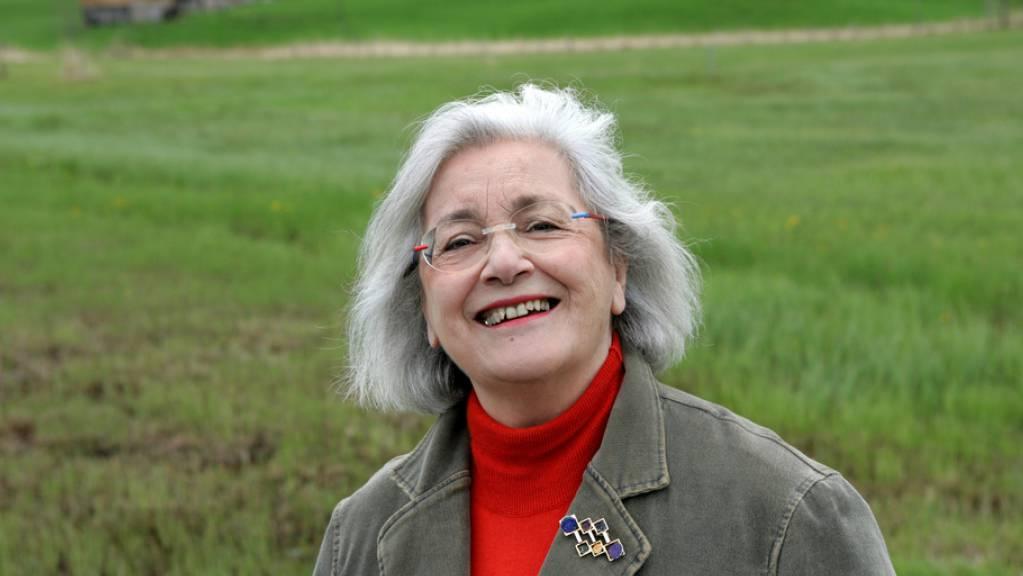 Die Zürcher Radiolegende Elisabeth Schnell - hier 2005 im Berner Oberland - ist im Alter von 90 Jahren an den Folgen einer Erkrankung gestorben.