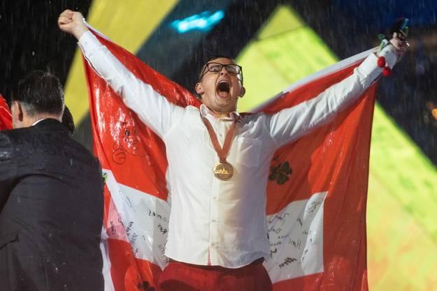 Carrosseriespengler Sandro Sägesser gewinnt die Bronze-Medaille. Von ihm folgen hinten in der Galerie weitere Wettkampfbilder.