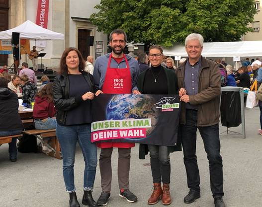 Die grünen Nationalratskandidierenden aus Olten am Foodsave Bankett