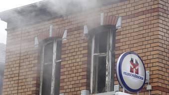 Zwar konnte kein offenes Feuer festgestellt werden, jedoch eine starke Rauchentwicklung. (Symbolbild)