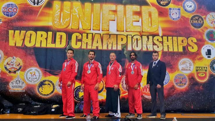 Von links nach rechts: Yassine Chapuis, Alexandre Champendal, Damian Mohler, Zahour Cheema, Marco Huber.