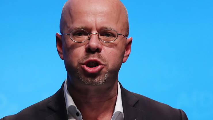 Kontakte ins rechtsextreme Milieu: Der Brandenburger Landes- und Fraktionschef Andreas Kalbitz ist ab sofort nicht mehr Mitglied der AfD.