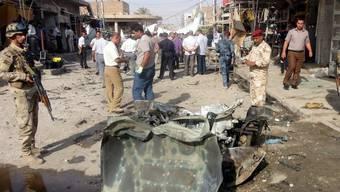 Trümmer nach der Explosion in Najaf