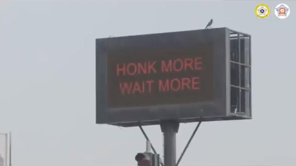 Wer in Indien hupt, wartet länger an der Ampel