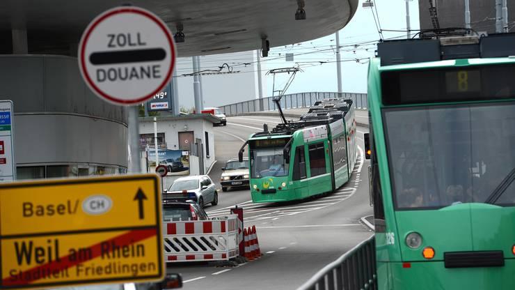 Schnell mit dem 8er Tram nach Weil am Rhein einkaufen - bald wieder möglich?