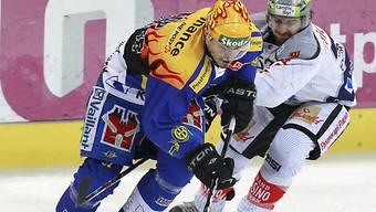 Der Davoser Petr Sykora (l.) schneller als Zugs Fabian Schnyder