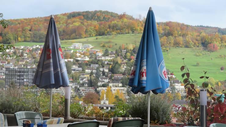 Der Blick auf Füllinsdorf vom Restaurant Wilden Manbn