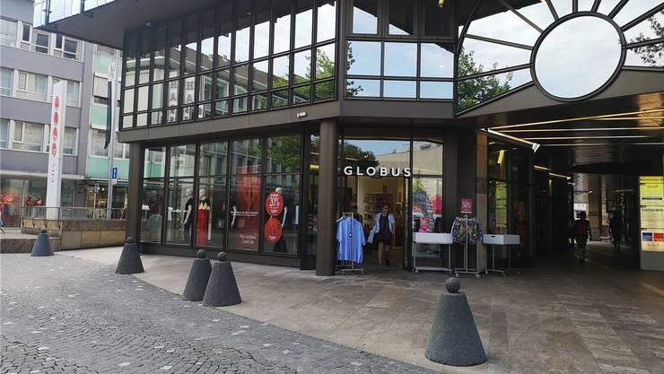 Der Globus Men befindet sich an einer exponierten Stelle des City Märts.