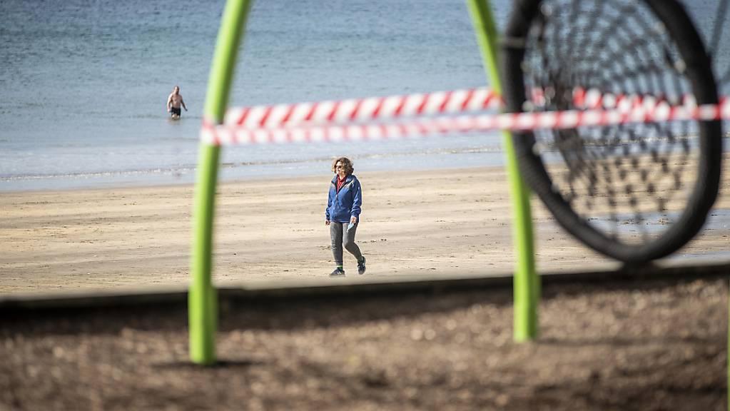 Ein abgesperrter Spielplatz in Auckland