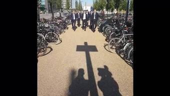 Die Schweizer Spieler auf ihrem Weg in Kopenhagen vom Hotel ins Stadion