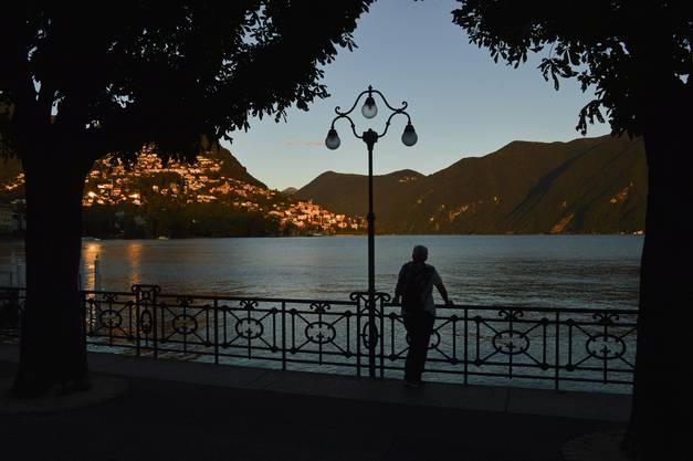 Letzte Sonnenstrahlen in Lugano