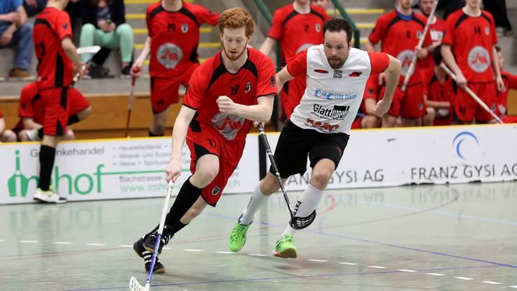 Vasco Lacerda (li.) zeigte gegen Deitingen eine starke Partie (Foto: Rolf Gabriel).
