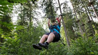 In der Schweiz gibt es verschiedene Sportcamps für Übergewichtige.