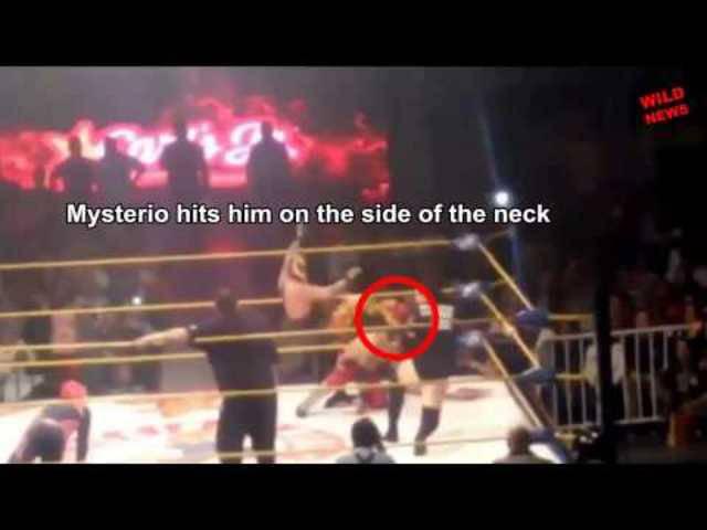 Wrestling-Star stirbt während einer Show.