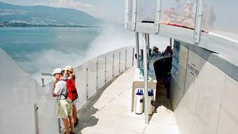 Leben im Nebel - Yverdon Expo 2002. Foto: MAD.