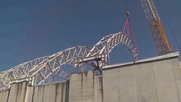 Sondermülldeponie Kölliken: Der erste Stahlträger ist abmontiert