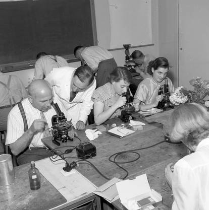 Nach dem Ersten Weltkrieg bemühten sich die Hochschulen darum, «die Wissenschaft ins Volk zu tragen».