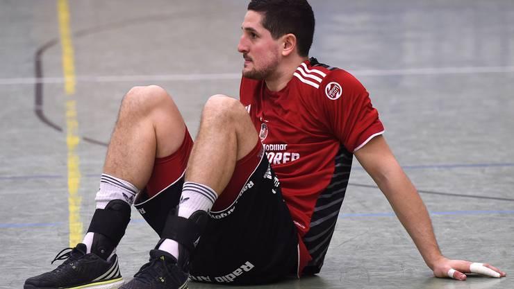 Ljubomir Josic ist die Enttäuschung nach dem Abstieg deutlich anzusehen. Er wird auch in der kommenden Saison für die Aargauer spielen.