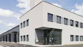 Die Formbetonhalle erhält bald eine Fotovoltaikanlage.