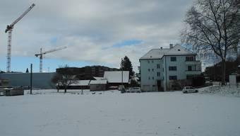 Ob auf dem Geissweidplatz ein Hochbau realisiert wird, darüber soll das Schlieremer Stimmvolk befinden.