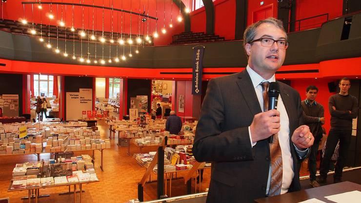 Remo Ankli eröffnet die Oltner Buchmesse 2013