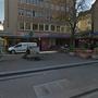 Auf der Piazza Cella in der Langstrasse im Zürcher Kreis 4 bestahlen Taschendiebe einen 25-Jährigen.