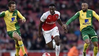 Arsenals Siegestorschütze Danny Welbeck enteilt der Norwich-Abwehr